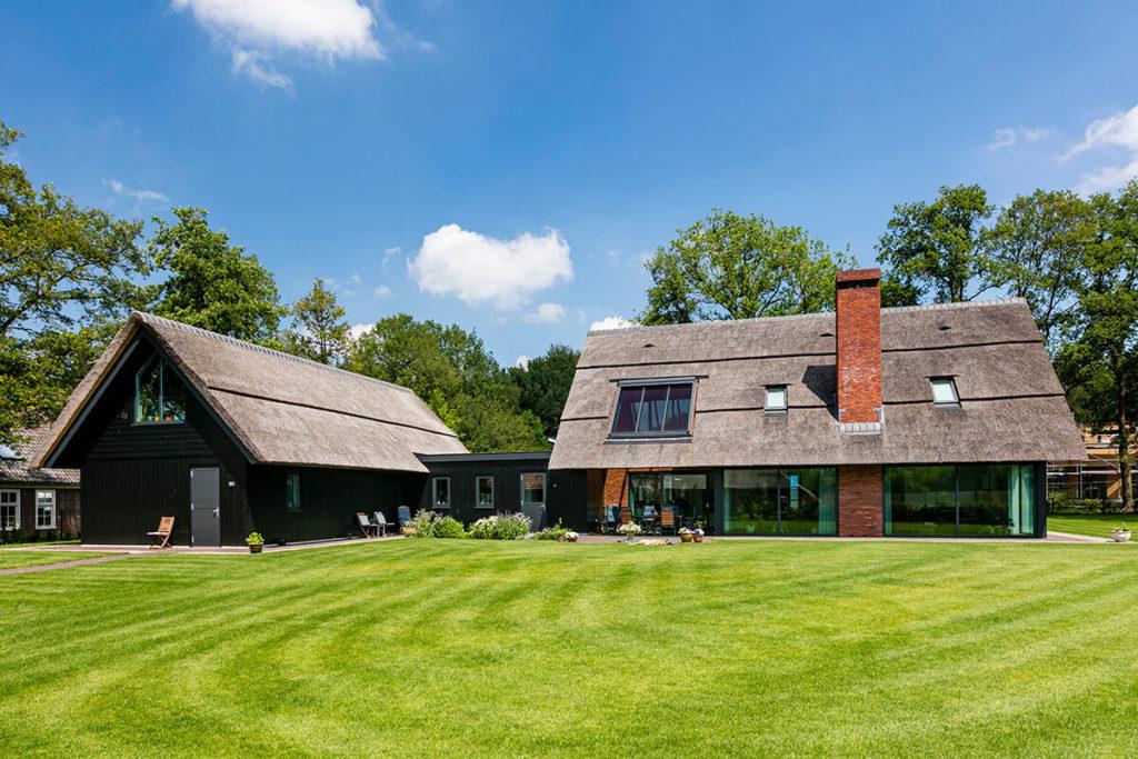 Villa te Enschede - riante tuin aan achterzijde - Lichtenberg Exclusieve Villabouw